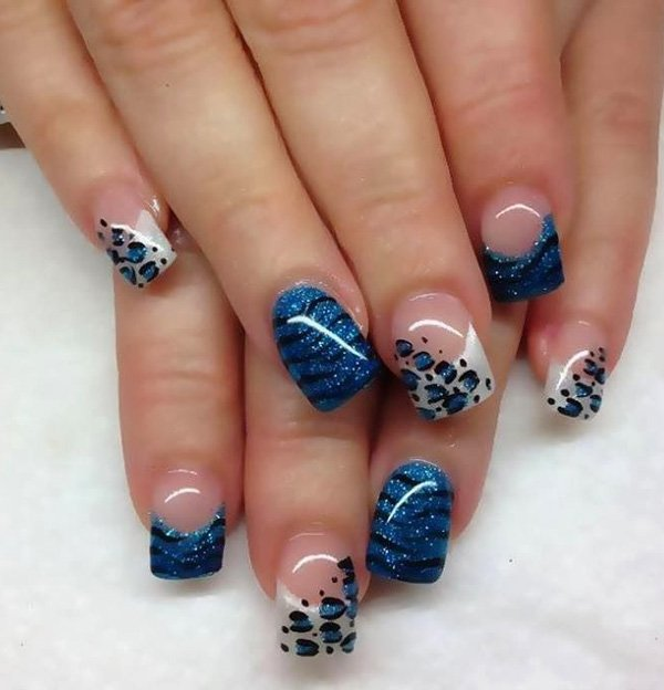Blue Leopard Print Nail Design