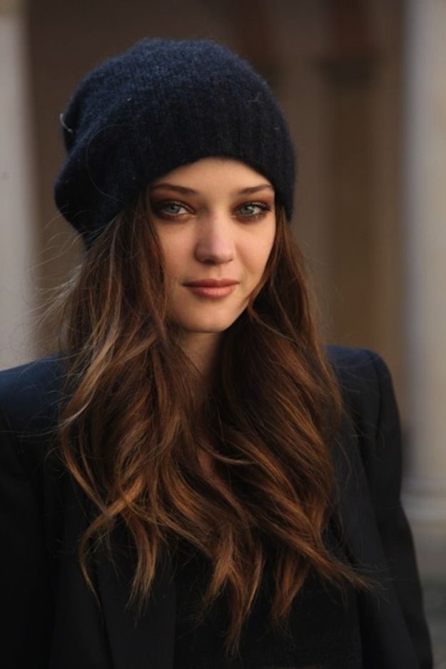 20 Winter Hair Looks with Hats You Must Adore - Pretty Designs 044ba1d87f6