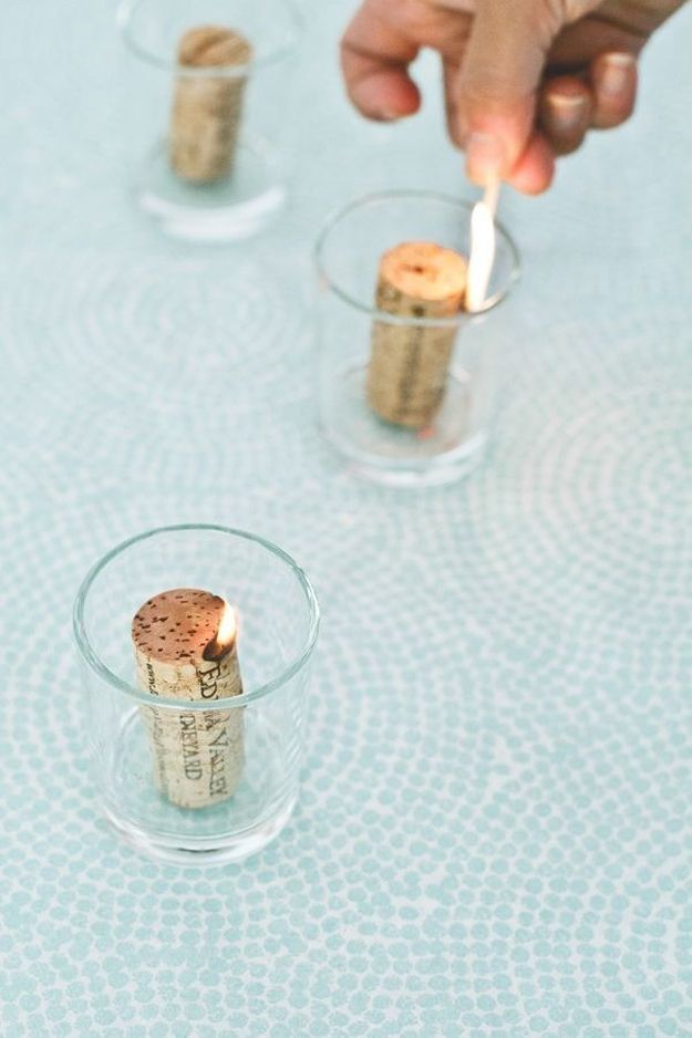 20 homemade candle ideas pretty designs for Cool wine cork projects