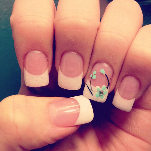 French Manicure Idea for Short Nails