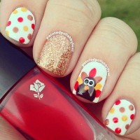 Gold Glitter Polka Dot Nail Design