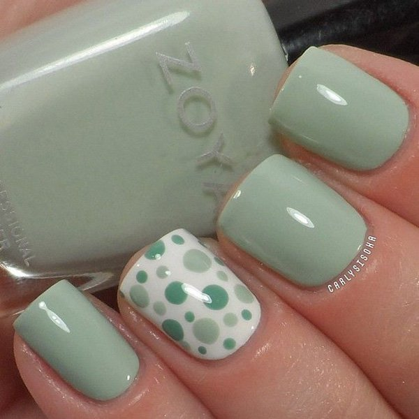 Green Polka Dot Nail Design