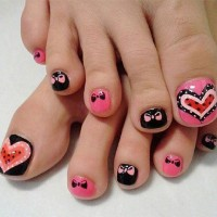 Heart and Bow Toenail Design