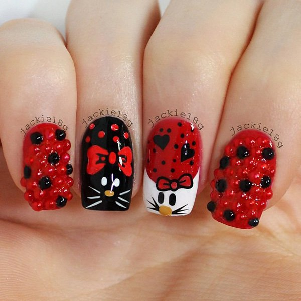 Hello Kitty Nail Design for Christmas