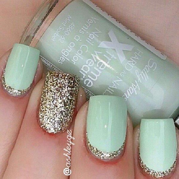 Mint Glitter Nail Design