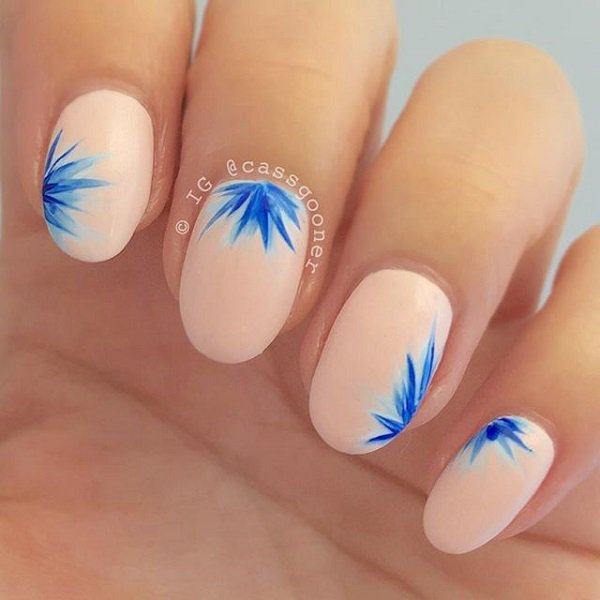 Nude Leaves Nail Design