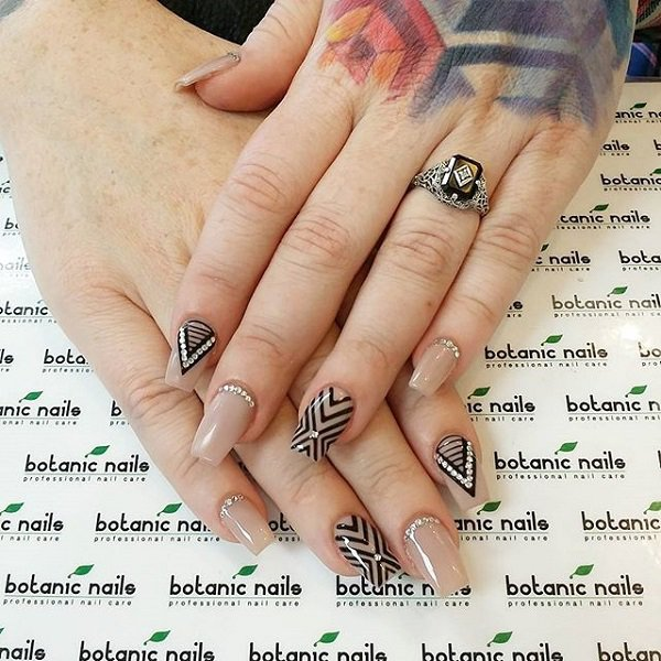 Nude and Black Nail Design