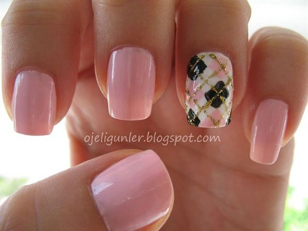 Pink Plaid Nail Design for Short Nails
