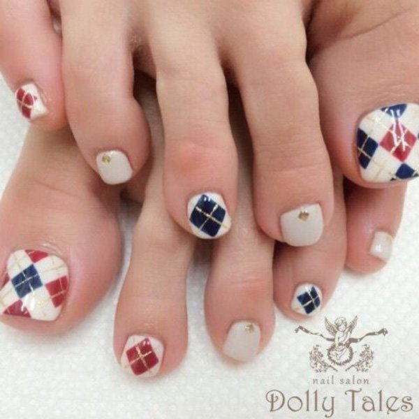 Plaid Toenail Design