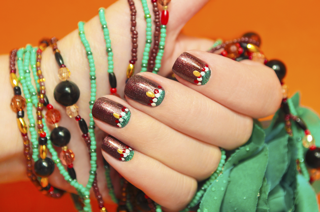 Dotted Thanksgiving Nail Design