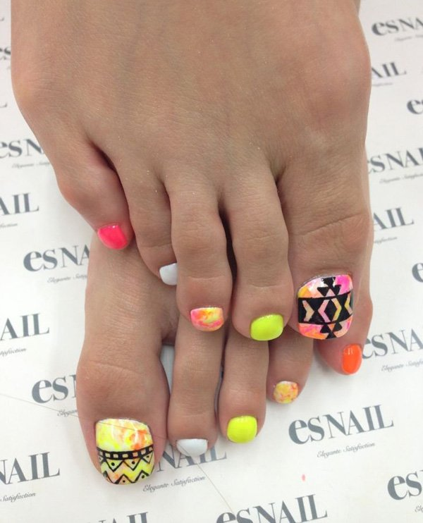 Tribal Toenail Design