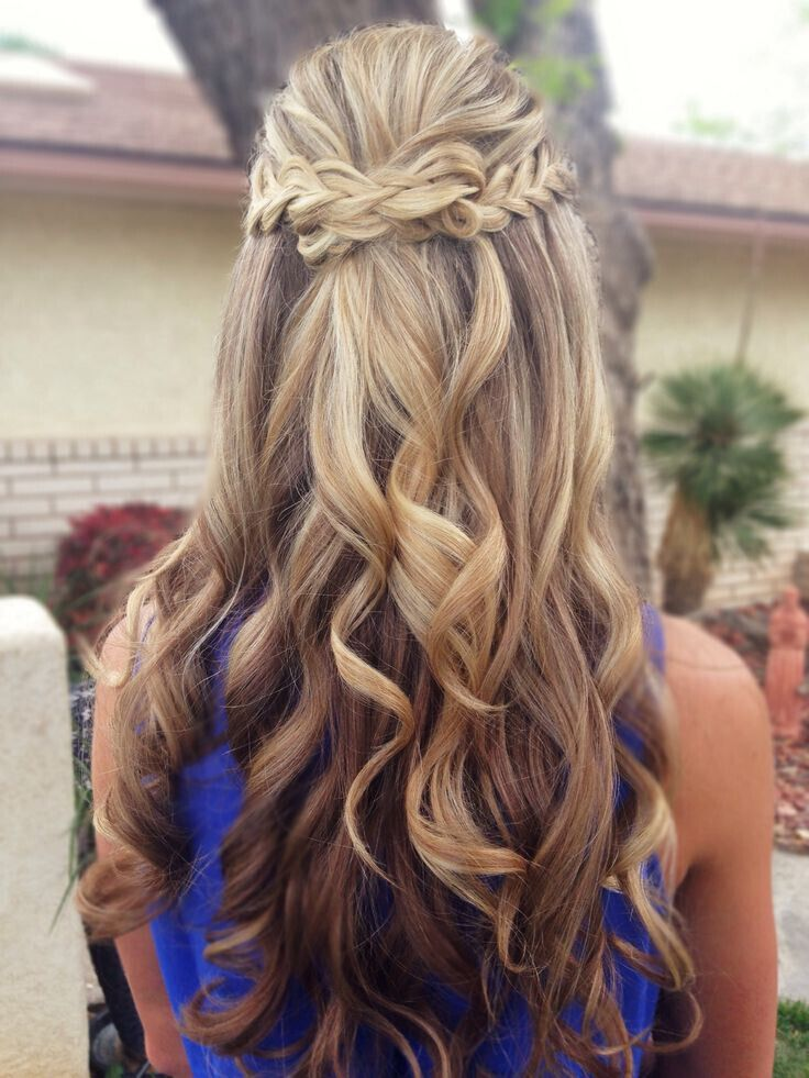 Half Up Hairstyles For Short Hair For Prom 58
