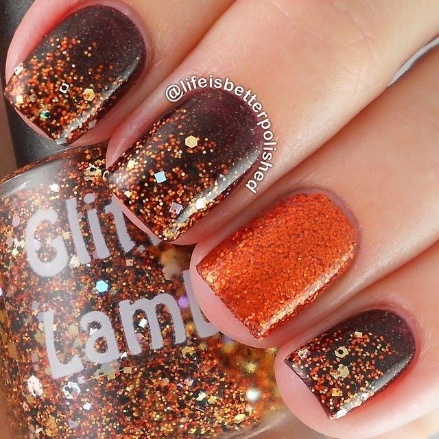 Golden Glitter Nails