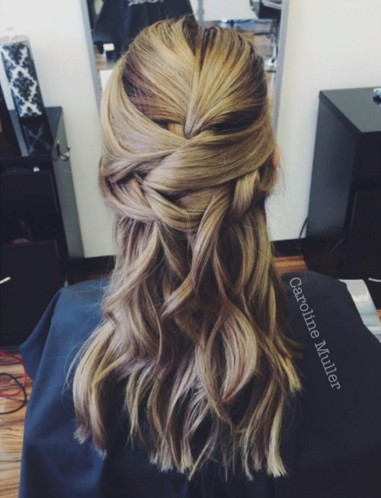 Half Up Half Down Hairstyle for Girls