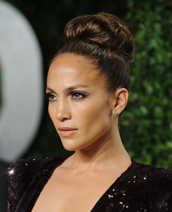 Stupendous 20 Glamorous Updo Hairstyles That Approved By Celebrities Pretty Short Hairstyles Gunalazisus