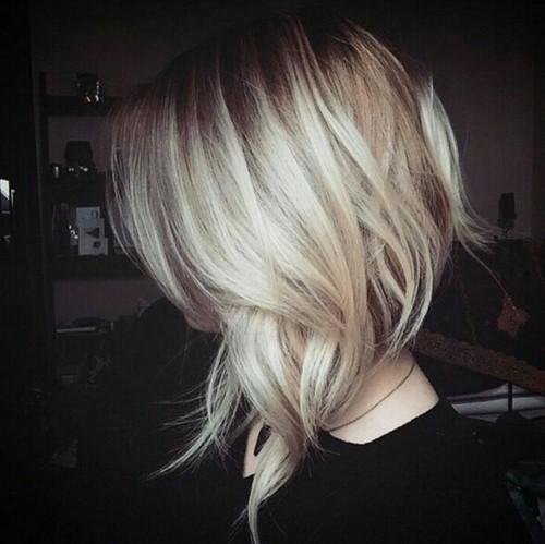 Loose Waves for Medium Hair