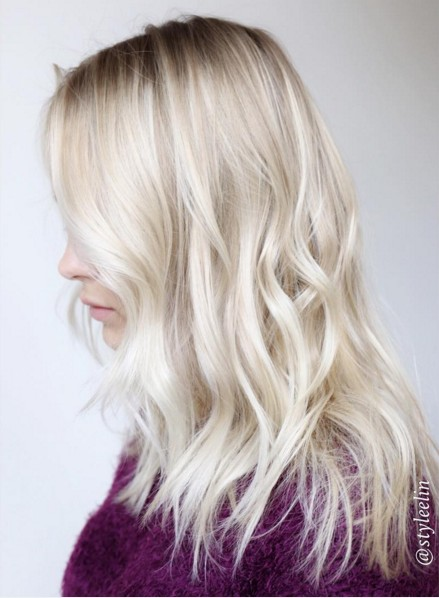 Medium Layered Wavy Haircut