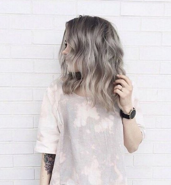 Pretty Shaggy Hairstyle for Ash Grey Hair