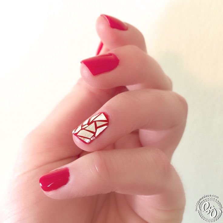 Red Nails with Broken Glass