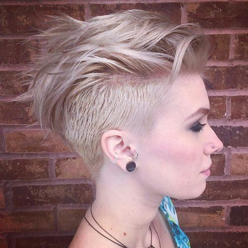 Short Undercut Hairstyle for Blond HairShort Undercut Hairstyle for Blond Hair