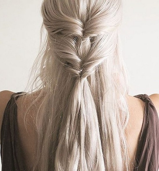 20 Easy and Chic Hairstyles for School Girls - Pretty Designs
