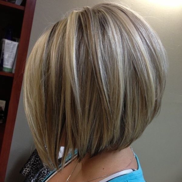 22 Stacked Bob Hairstyles for Your Trendy Casual Looks - Pretty ...