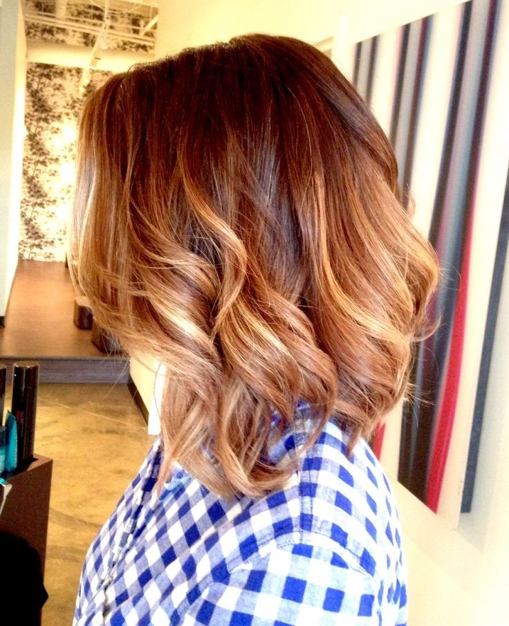 Easy everyday hairstyle for shoulder length hair - the ombre bob with waves