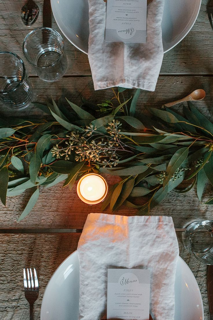 Holiday Tables 18