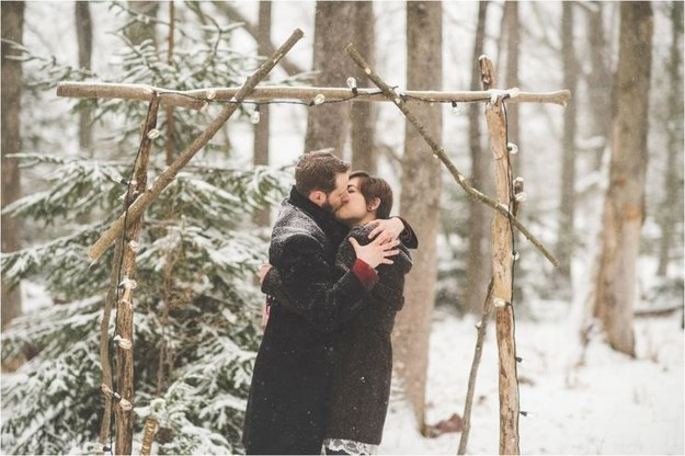 Kiss in the Snow and the Woods