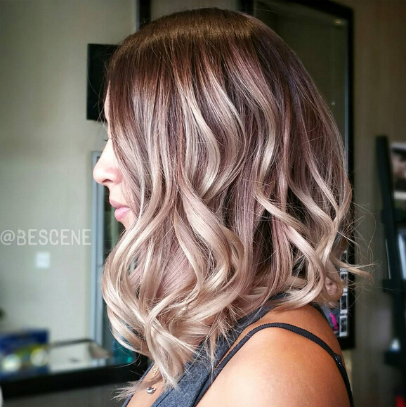 Long Wavy Bob Hairstyle with Highlights