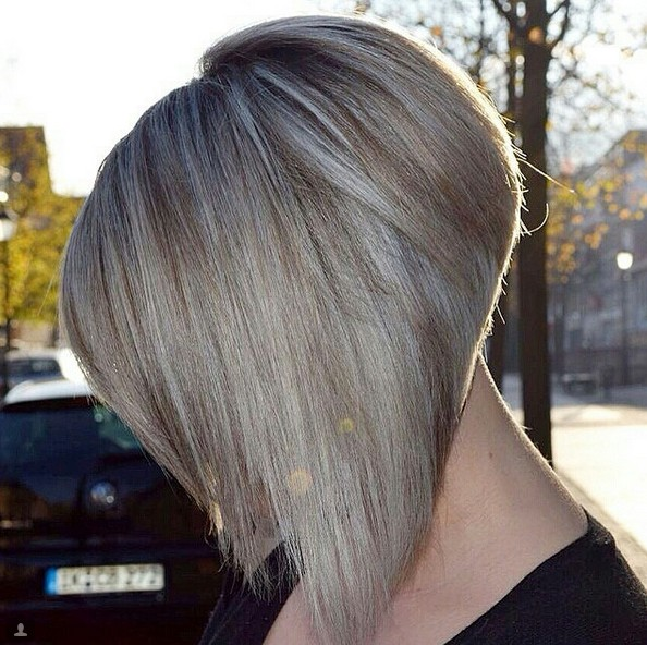 Lovely short inverted bob hairstyle