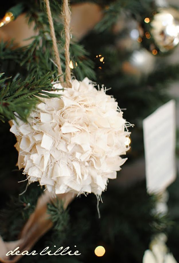 20 Homemade Ornament Ideas To Upgrade Your Christmas Tree