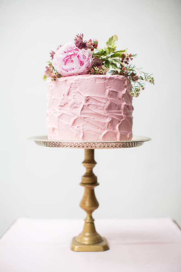Cake Ideas For Small Wedding : 26 Small Wedding Cake Ideas - Pretty Designs