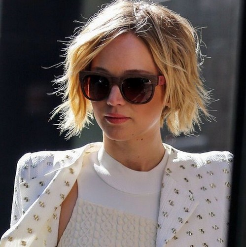 Short Bob Hairstyle for Blond Hair