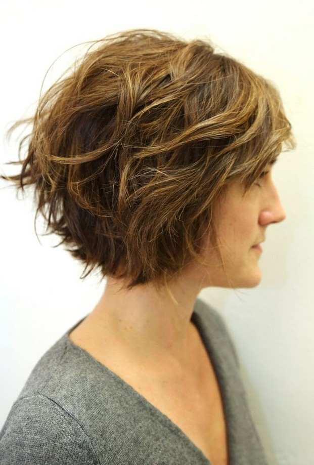Short Wavy Bob Hairstyles for Women