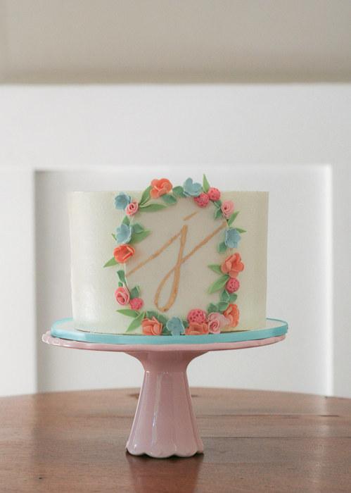 Simple Floral Cake