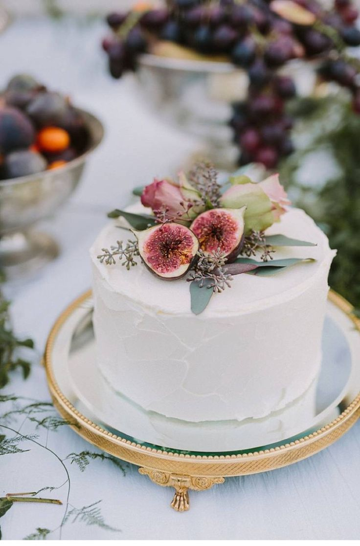 Small Wedding Cake Idea