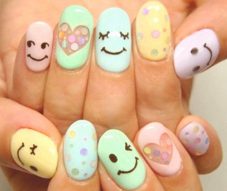 Smile Face Nails