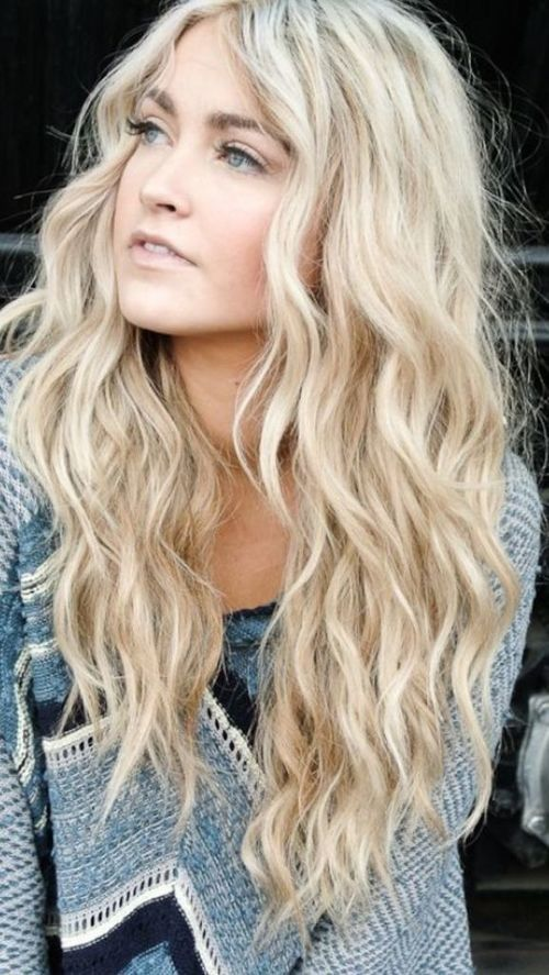 Tousled Long Wavy Hairstyle