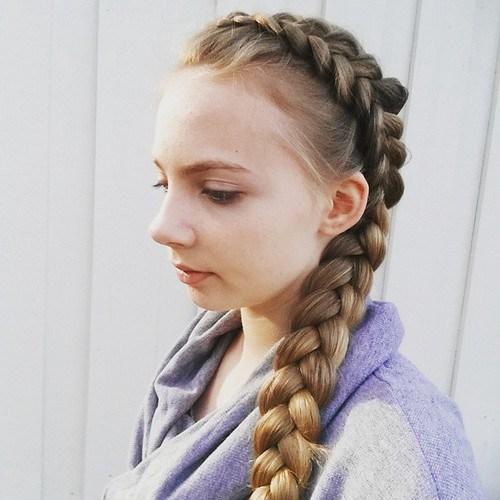 20 zoete gevlochten kapsels voor meisjes Populaire kapsels  Gevlochten kapsels