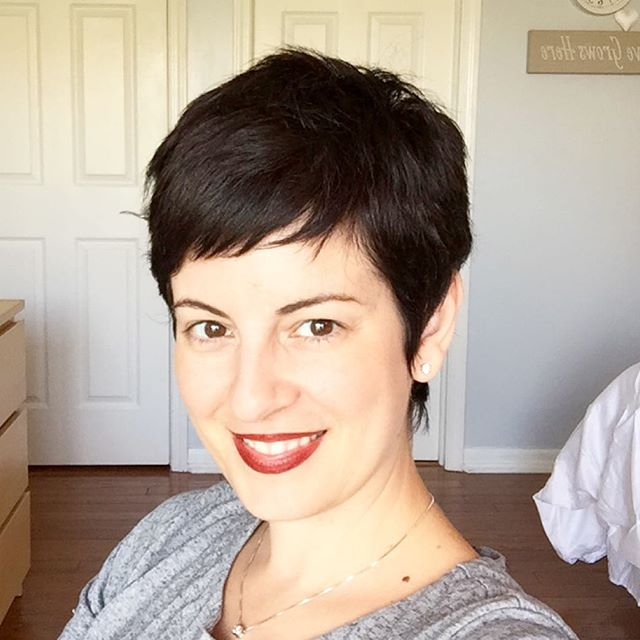 easy daily short pixie cut for women over 40