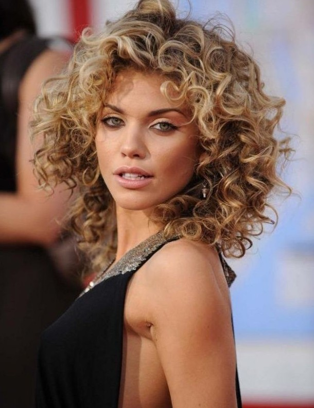 ... Looks You Can Try! - Chic Permed Hairstyles for Women - Pretty Designs