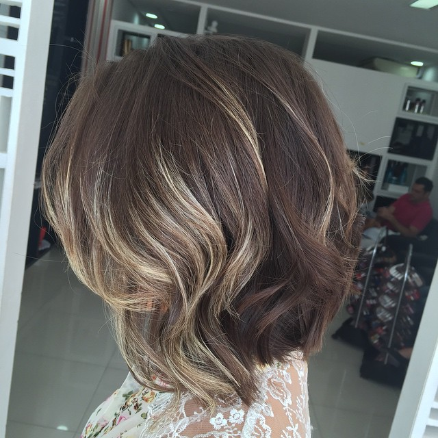 20 Fabulous Medium Length Bob Hairstyles You Will Love - Pretty Designs