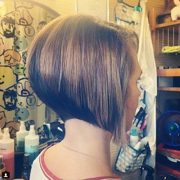 short inverted bob hairstyle 2016