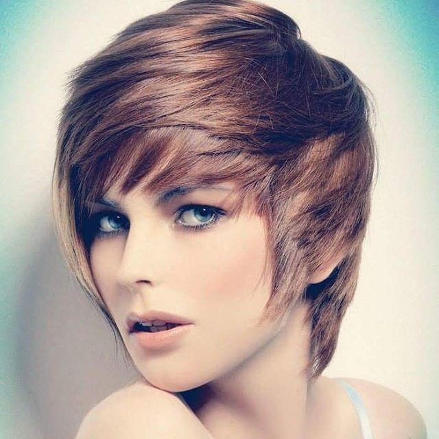 Admirable 21 Flattering Pixie Haircuts For Round Faces Pretty Designs Short Hairstyles Gunalazisus