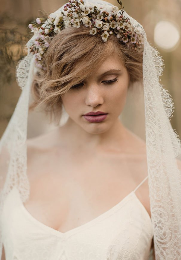Boho-Chic Düğün Saç Modeli