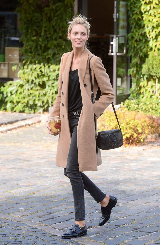 Camel Coat, Black Tee and Skinny Jeans