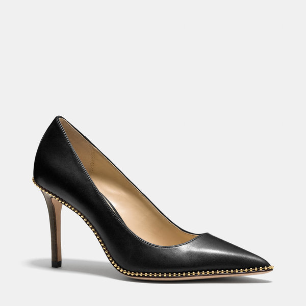 7db99ca2091c 10 Must-Have Black Heels for Your Wardrobe - Pretty Designs