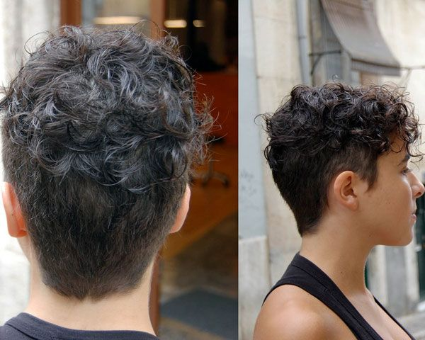 22 Glamorous Curly Pixie Hairstyles For Women
