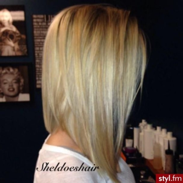 Inverted Lob Hairstyle